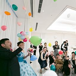 テーマは「虹&うさぎ」☆ ゲストが楽しめる結婚式!