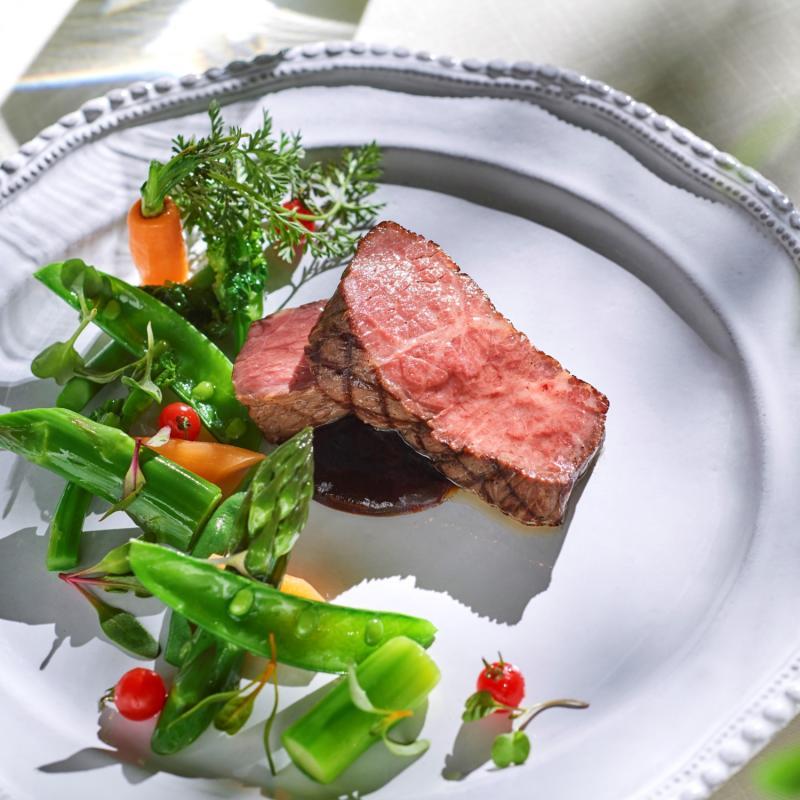 直前予約可《特選牛×オマール海老試食》チャペル&Liveキッチン