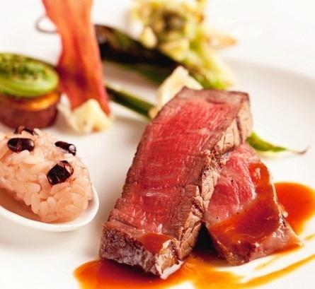 風味豊かなオマール海老×とろける厳選牛のロティ♪贅沢試食体験
