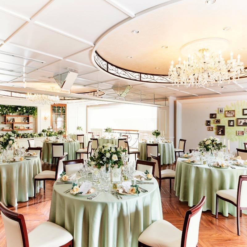 【リニューアル特典付き】豪華試食×緑に囲まれた貸切邸宅体験