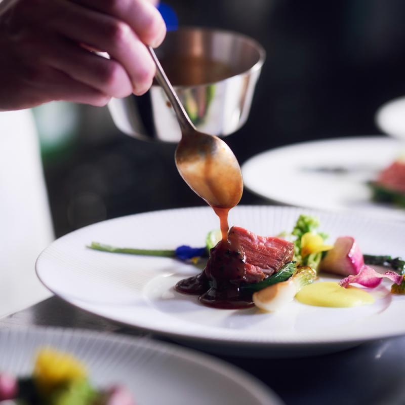 【料理重視の方必見】特選牛×オマール海老試食&おもてなし体験