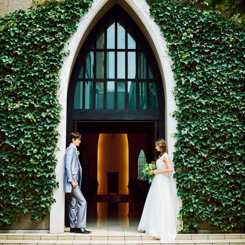 残2席【ドレス1着付】憧れの挙式◆南青山の独立型教会見学