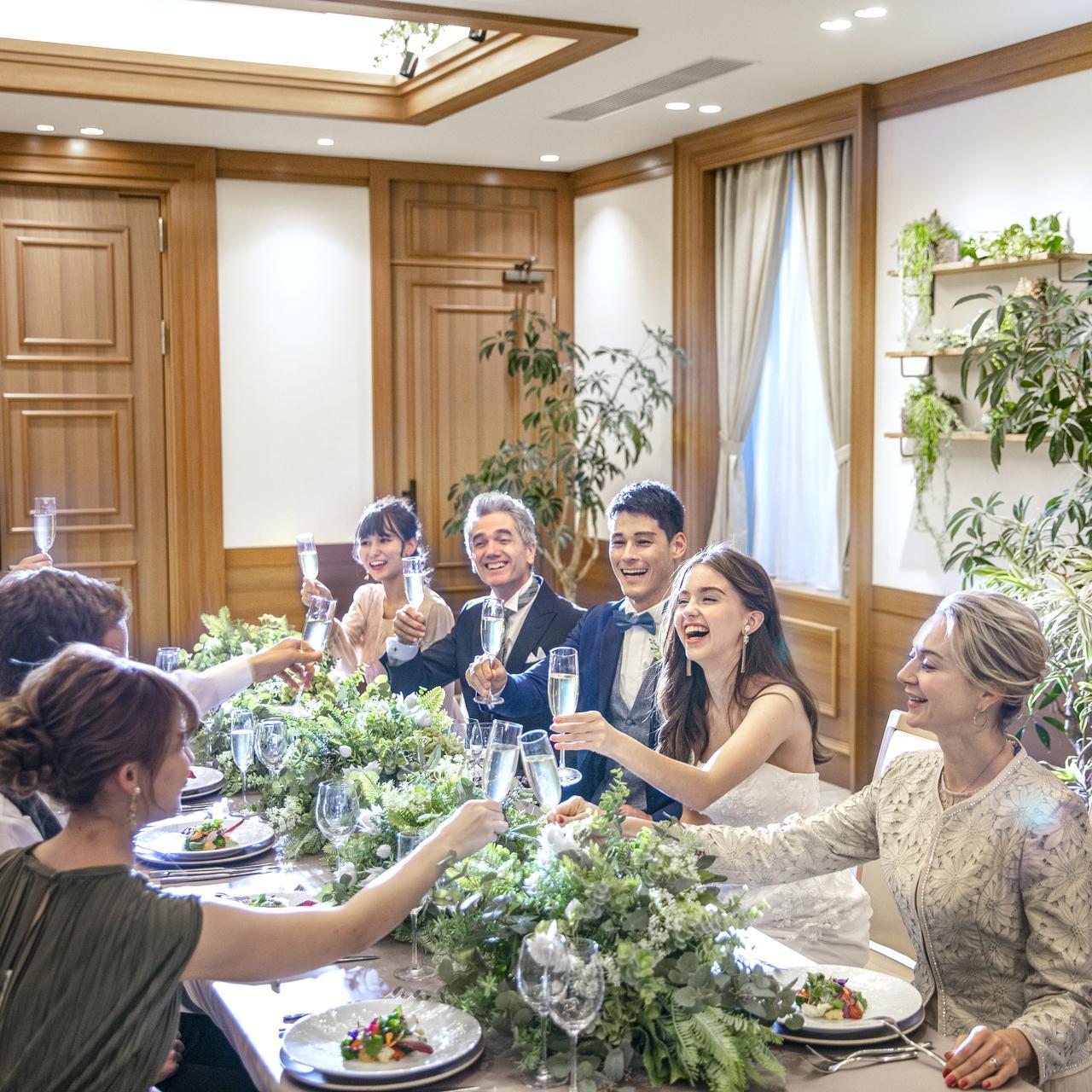【ご親族中心の方にオススメ】挙式+アットホームプチ披露宴