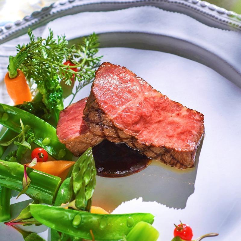 残1《130万円特典》Liveキッチン演出♪特選牛&フォアグラ試食